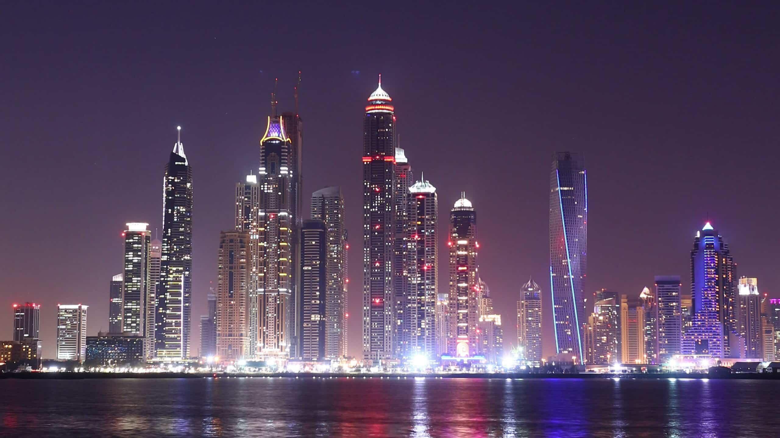 dubai-marina-footage-shutterstock-com-stock-footage-night-light-dubai-marina-panoramic-time-lapse-from-uae
